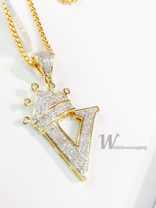 Diamond letter pendant with crown and italian chain v aloadofball Image collections