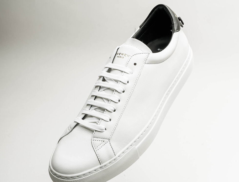 Givenchy Low Sneaker In White and Black
