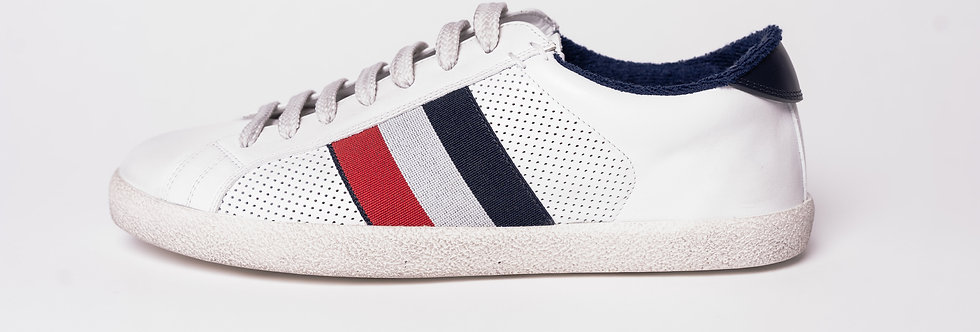 """Moncler """"RYEGRASS"""" Sneakers In White side view"""