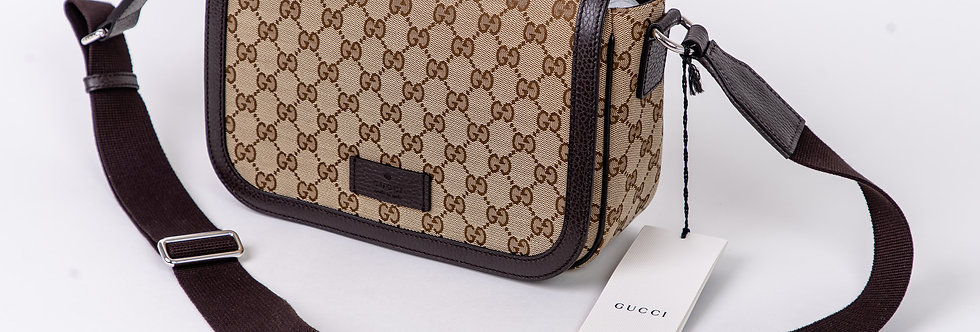 Gucci Messenger Flap Over Bag front view