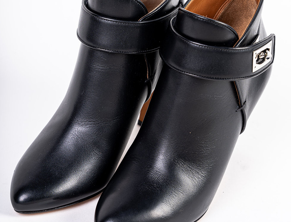 Givenchy Heeled Boot