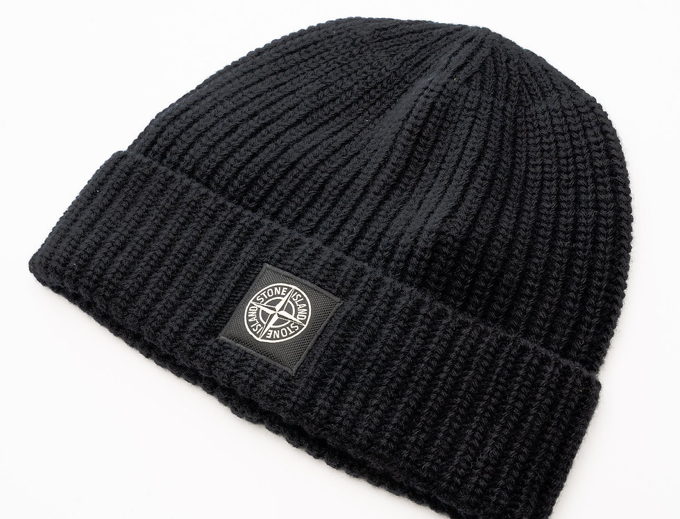 Stone Island Beanie Hat In Black