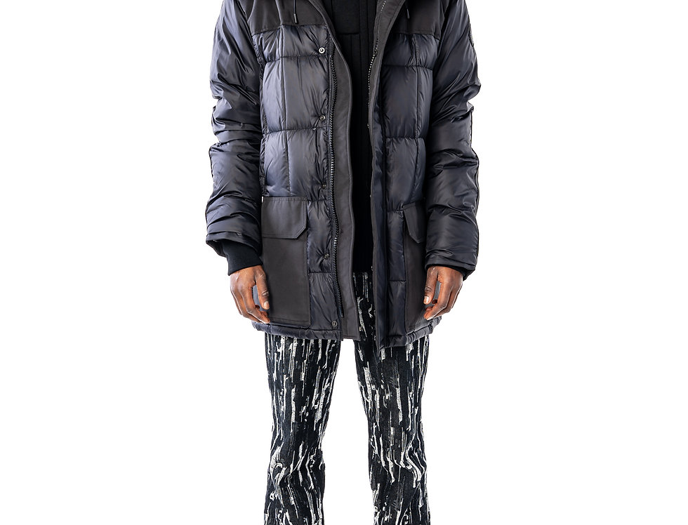 Canada Goose Callaghan Parka In Black (Black Label) front view
