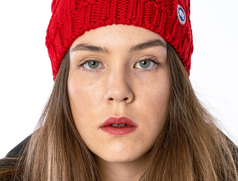 Canada Goose Chunky Cable Beanie In Red