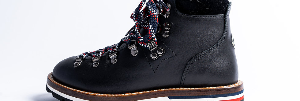 """Moncler """"Blanche Scarpa""""Boots side view"""