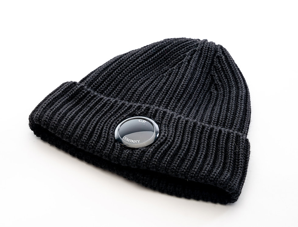 C.P. Company AW20 Single Lens Knit Hat In Black