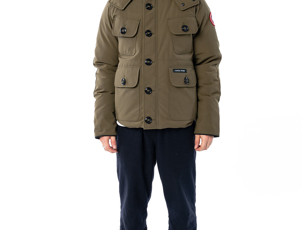 Canada Goose Selkirk In Military Green front view