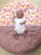 初孫のために購入しました。 せんべい座布団の上ではいつもニコニコ♡ 娘の自宅用にも購入予定です。