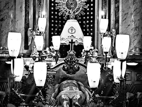 El paso del Santo Sepulcro expuesto en la capilla del Pilar de la Catedral de Barbastro.