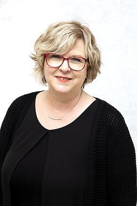 Margit Lochowicz-min.jpg