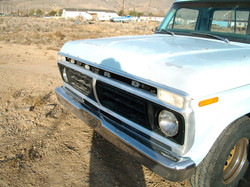 1976 F100 Front Grill View