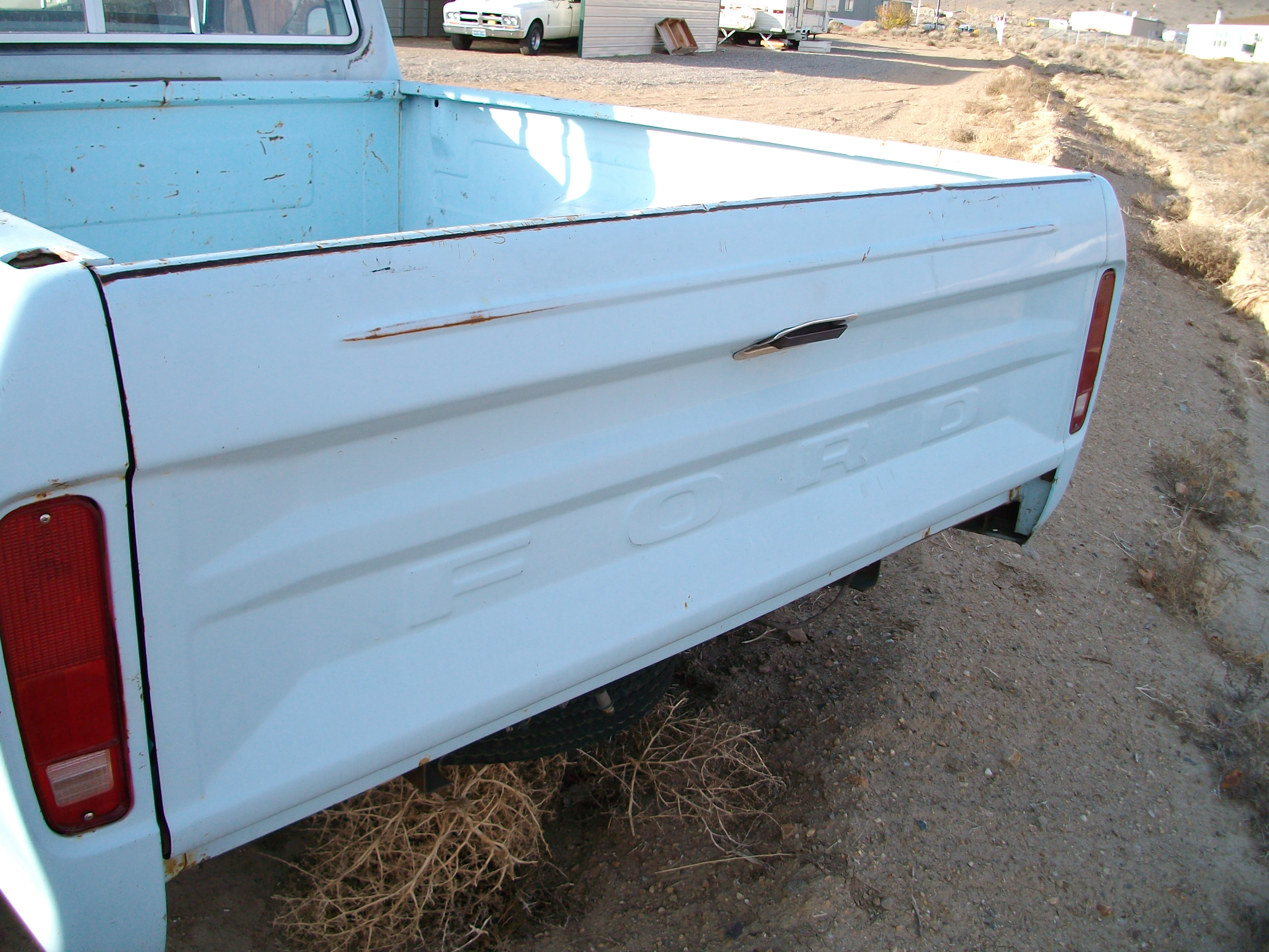 1976 F100 Tailgate View