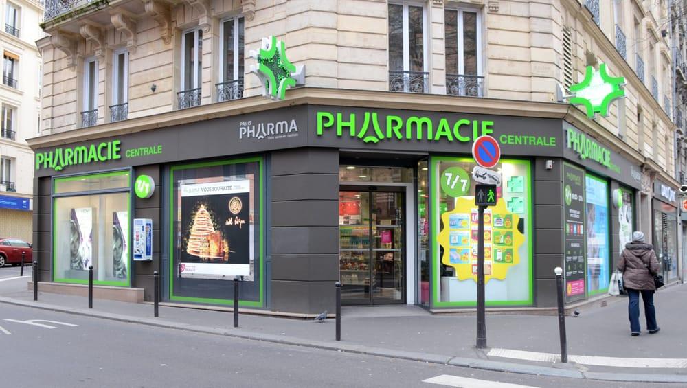 Fachada de farmácia na europa