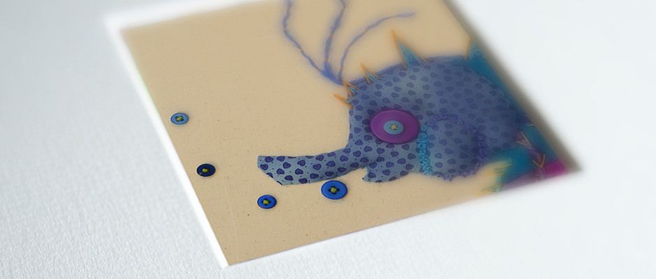 The 'Minis' are presented in lovely 2.4mm textured square mounts.