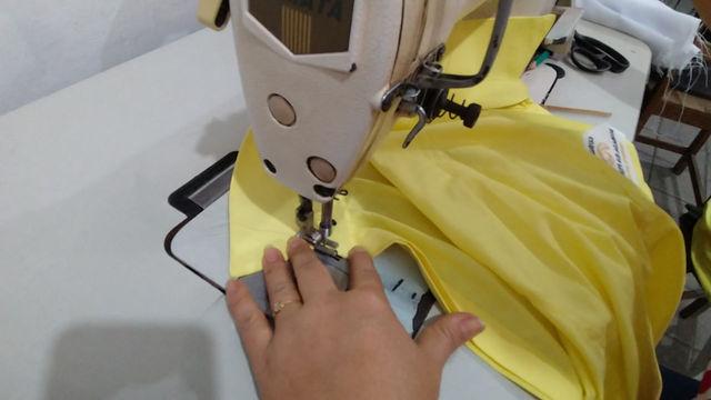 Camisa social em tricoline fio 50, trabalhamos com produtos de alta qualidade.