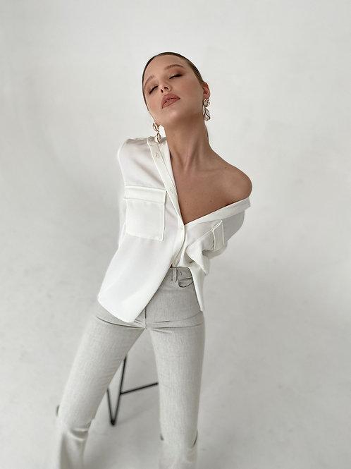 Безупречная белая рубашка свободного кроя