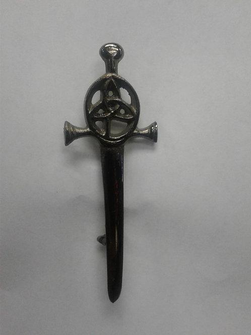 American Highlander Brass Trinity Kilt Pin