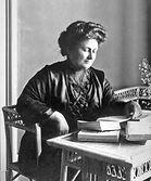 Maria_Montessori_1913.jpg