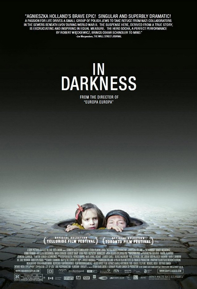 in-darkness-poster01