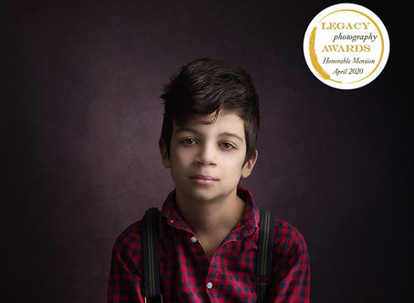 Photographe bébé enfant Redessan Gard - Photos primées LEGACY PHOTOGRAPHY AWARDS