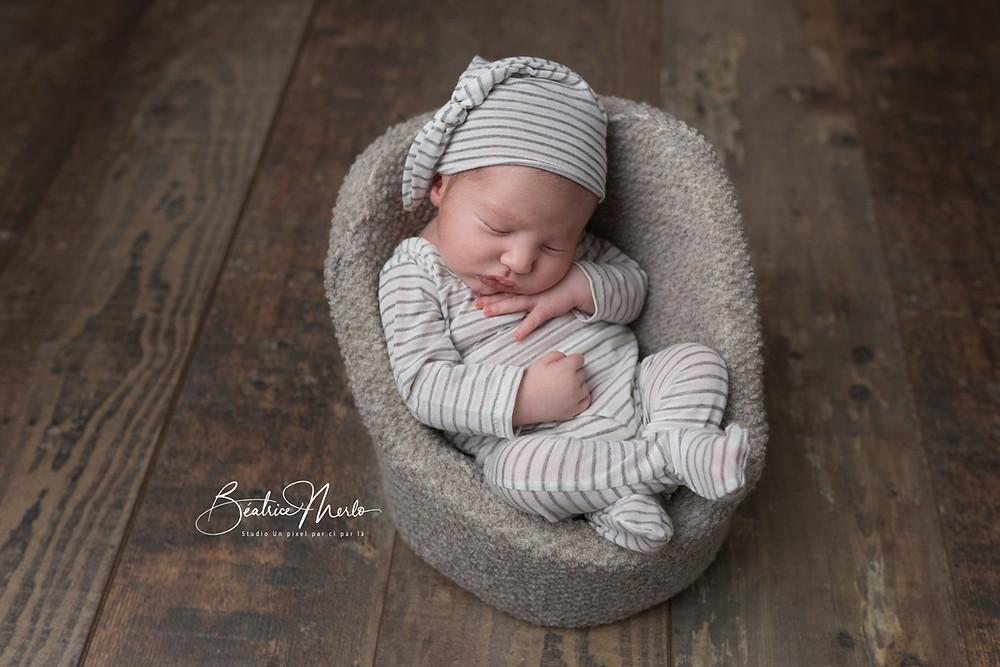 bébé mini fauteuil bonnet lutin