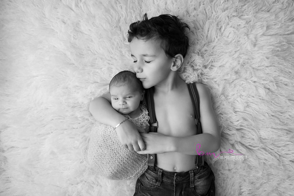 photographe naissance bébé fratrie gard 30