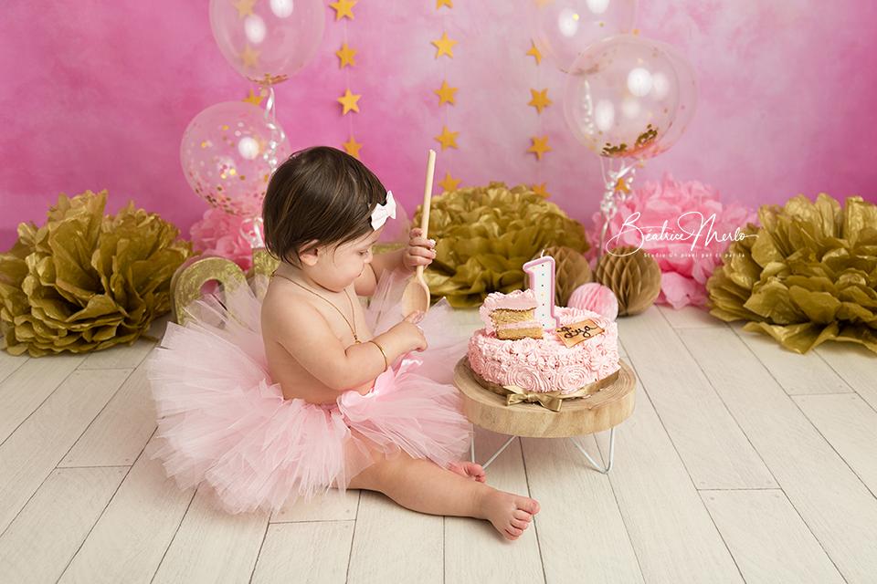 fillette tutu rose or gateau anniversaire 1 an