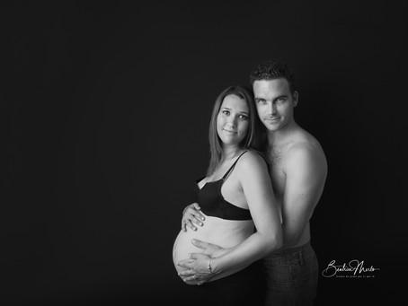 Séance grossesse maternité - Photographe Nîmes Redessan Gard