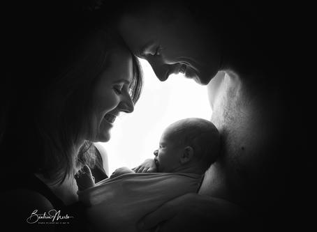 Séance photo naissance Nîmes - Photographe bébé Redessan