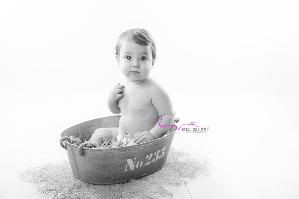 séance photo bébé assis nimes redessan gard