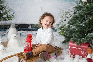 bebe garçon noel luge neige sapin