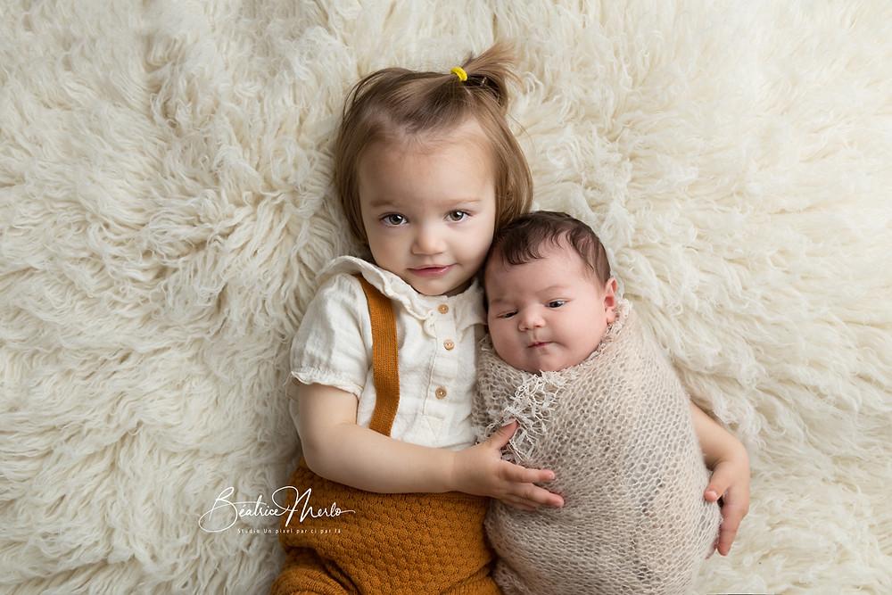 photo naissance avec aînés gard 30