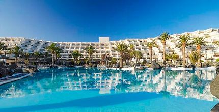 melisalinas-resort-pool-3.jpg