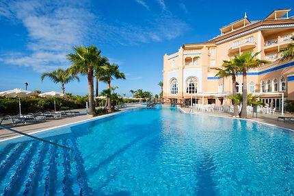 islacanela-pool.jpg