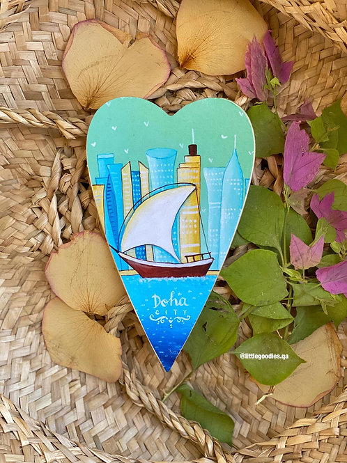 Qatar Heart Shaped Magnets In Traditional Boat