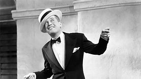 Maurice Chevalier - 2.jpg