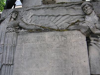 19 - MONUMENT AUX MORTS 106 RUE BRANCION