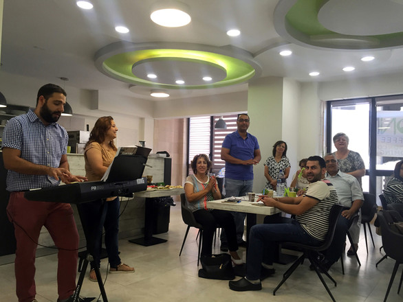 JEO Staff worship at Connect Cafe_72.JPG
