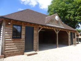 Oak Framed Structures (3).JPG