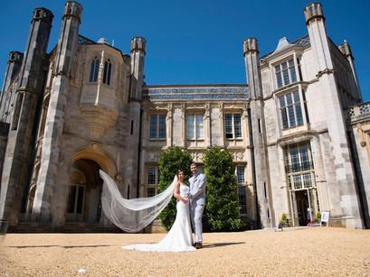 A veil, to wear or not to wear? Is a veil one of the most important bridal accessories?