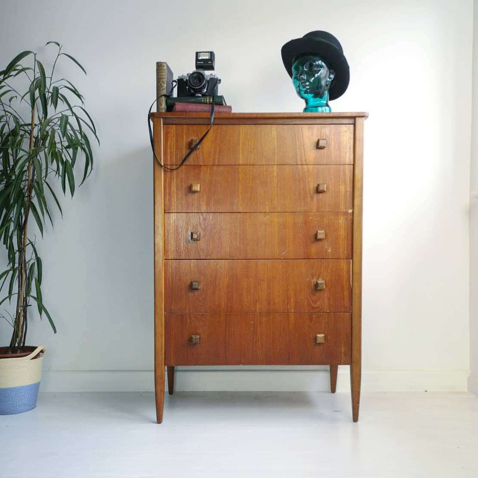 Chest of Drawers 45.5h x 31w x 19.5d