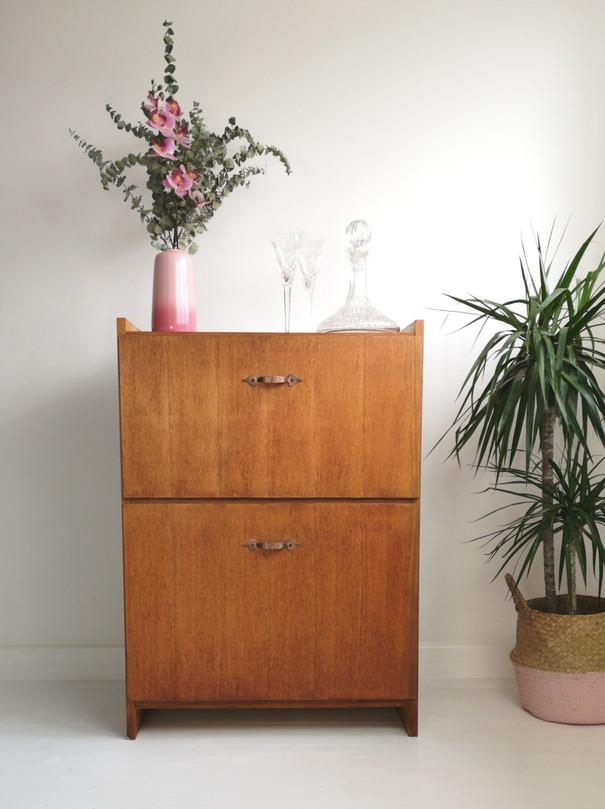 Drinks Cabinet - 25w x 16d x 36h