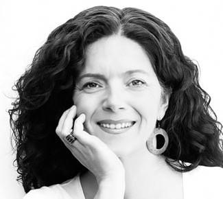 """Sonia Mirón: """"Leer historias que me impactaban provocó en mí el deseo de escribir las mías prop"""
