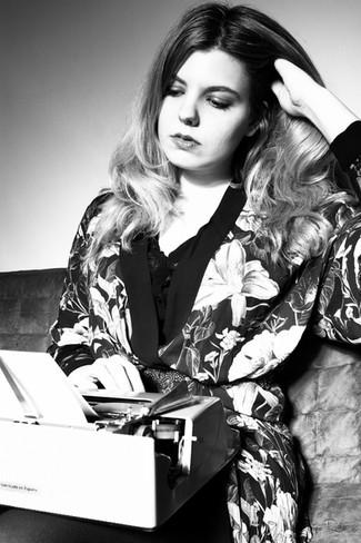 """Pilar Astray: """"Existe un tabú sobre el hecho de que la artista tiene que vender, que venderse"""""""