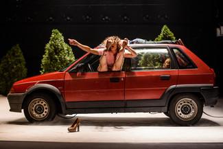 """Teatro na casa: """"Garage"""", de Voadora (Balea Cultural, 10/06/2020)"""
