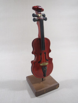 Violon miniature.