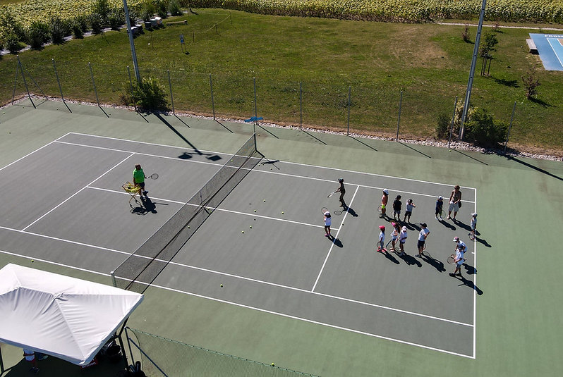 Olivier Skywards pic of the court.JPG