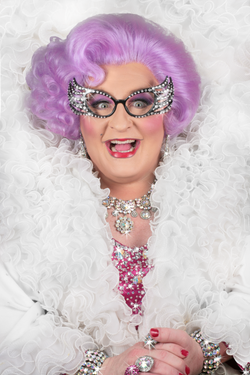 Actor Michael Walters as Dame Edna Everage