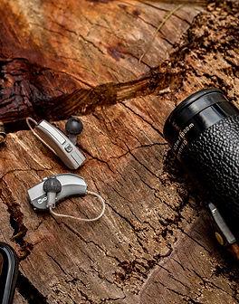18.01-Widex-EVOKE-hearing-aids-on-stump-