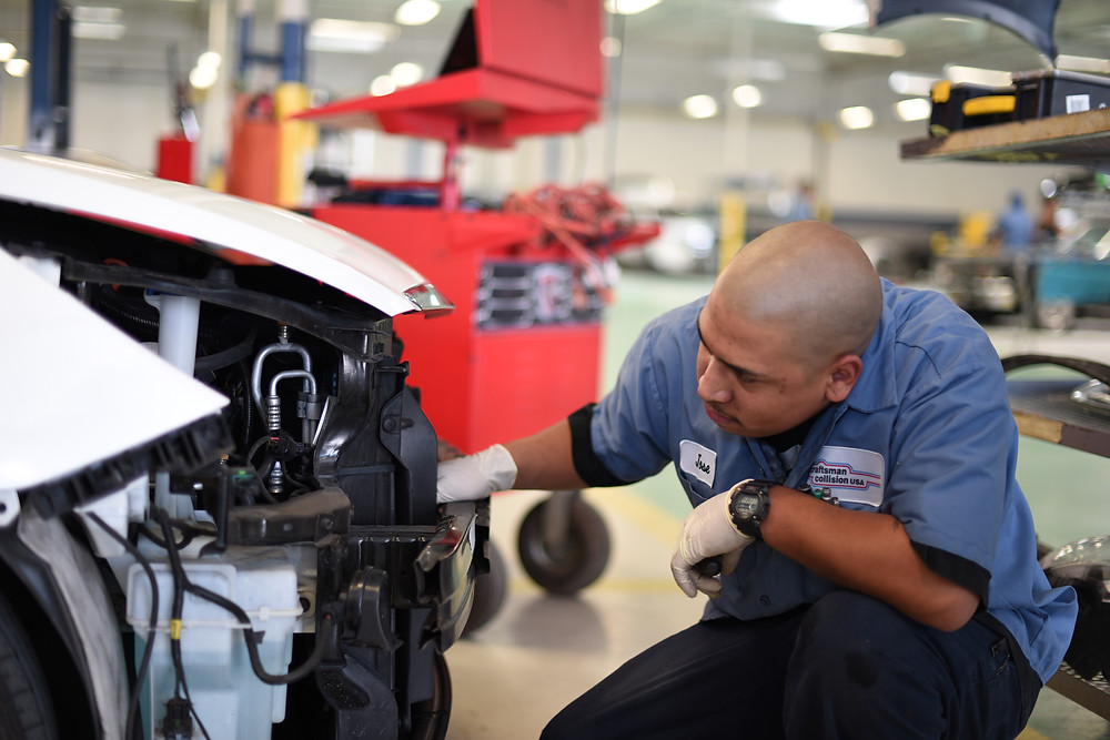 Our highly skilled auto collision technicians